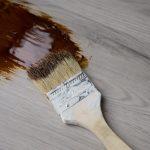 Laminat Farbe ändern – Kann man Laminatboden streichen?